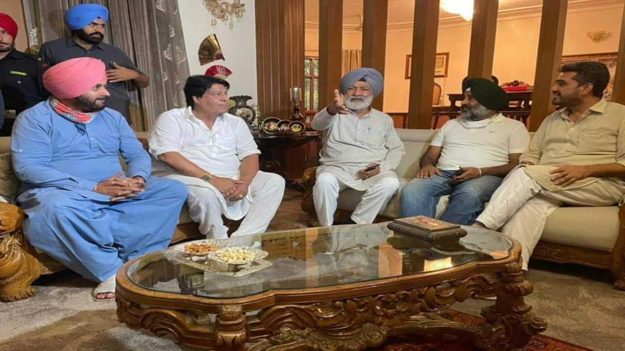 Navjot Singh Sidhu and Avtar Henry at Jalandhar